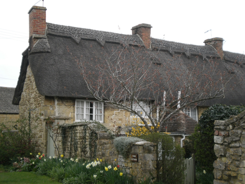 Cotswold Thatched Roof