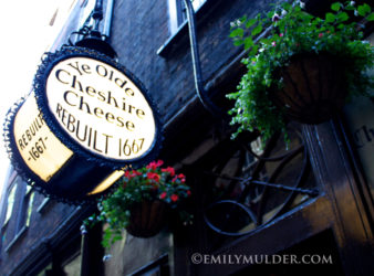 Ye Olde Chesire Cheese Sign Feature
