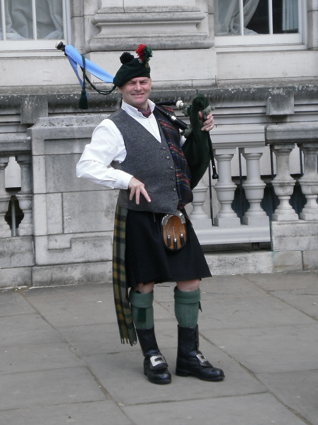 Bagpiper The Mall London