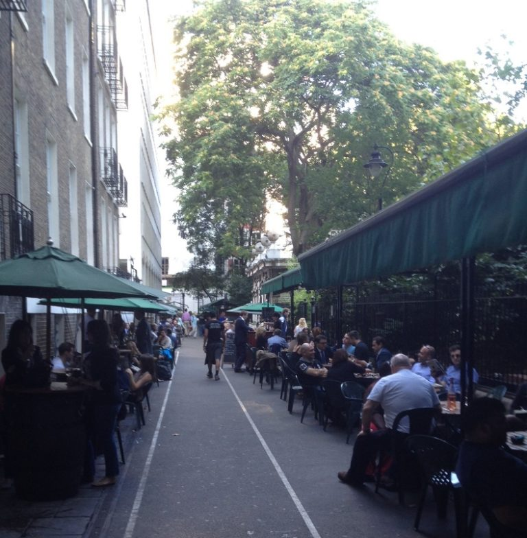 Outdoor Seating on Watergate Walk