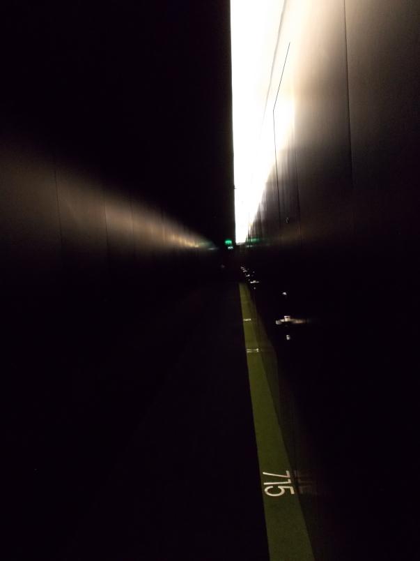 Hallway 7th Floor - Hilton Fontana Park