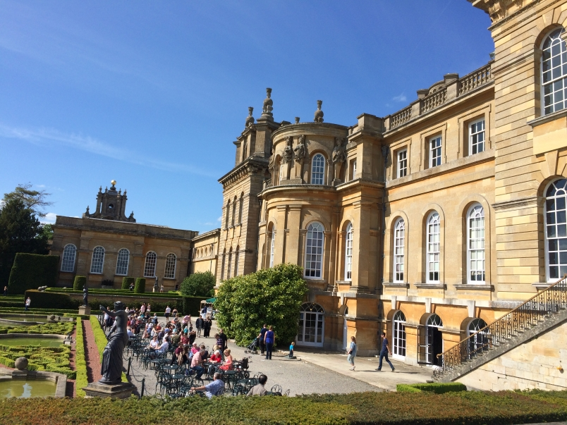 Outdoor Cafe at Blenheim Palace