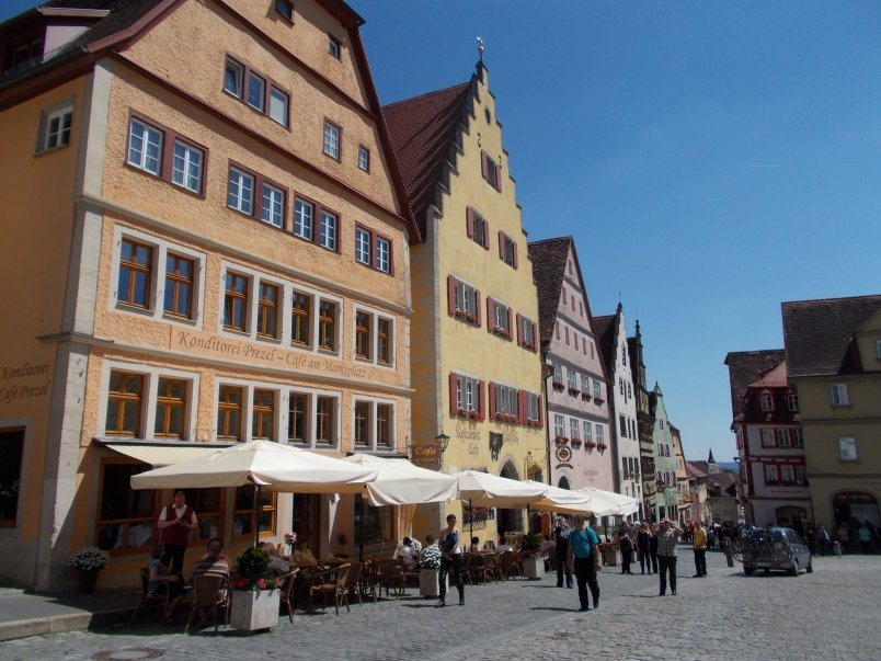 Busy Shopping Town Rothenburg