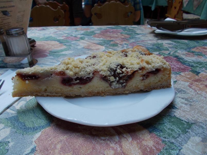 Moist Raspberry Streusel Cake