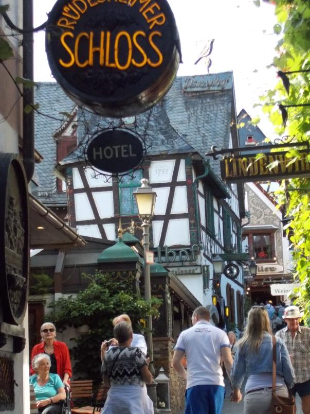 Ruedesheimer Schloss Hotel
