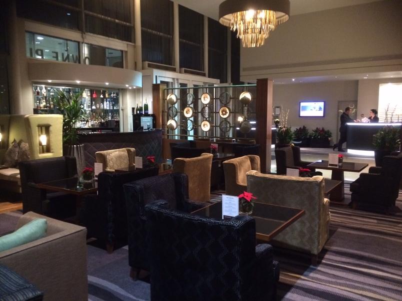 Crowne Plaza London Lobby
