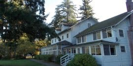 Lake Crescent Lodge.Feature