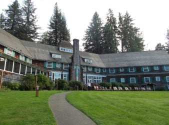 Lake Quinault Lodge Feature