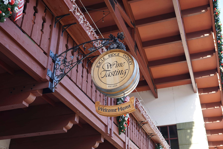 Icicle Ridge Winery Uptown tasting room sign