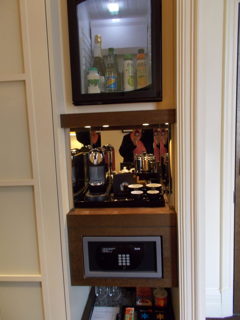 Mini bar and Safe Standard Room The Arch