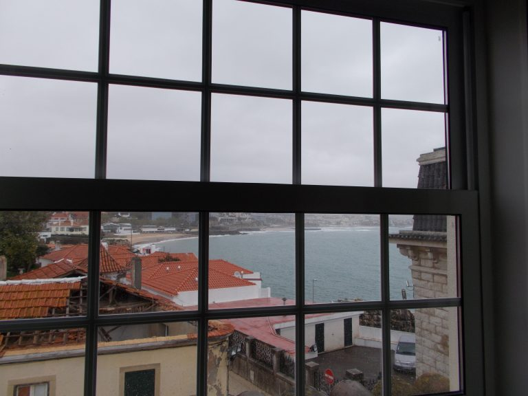 Partial View Superior Room VillaCascais