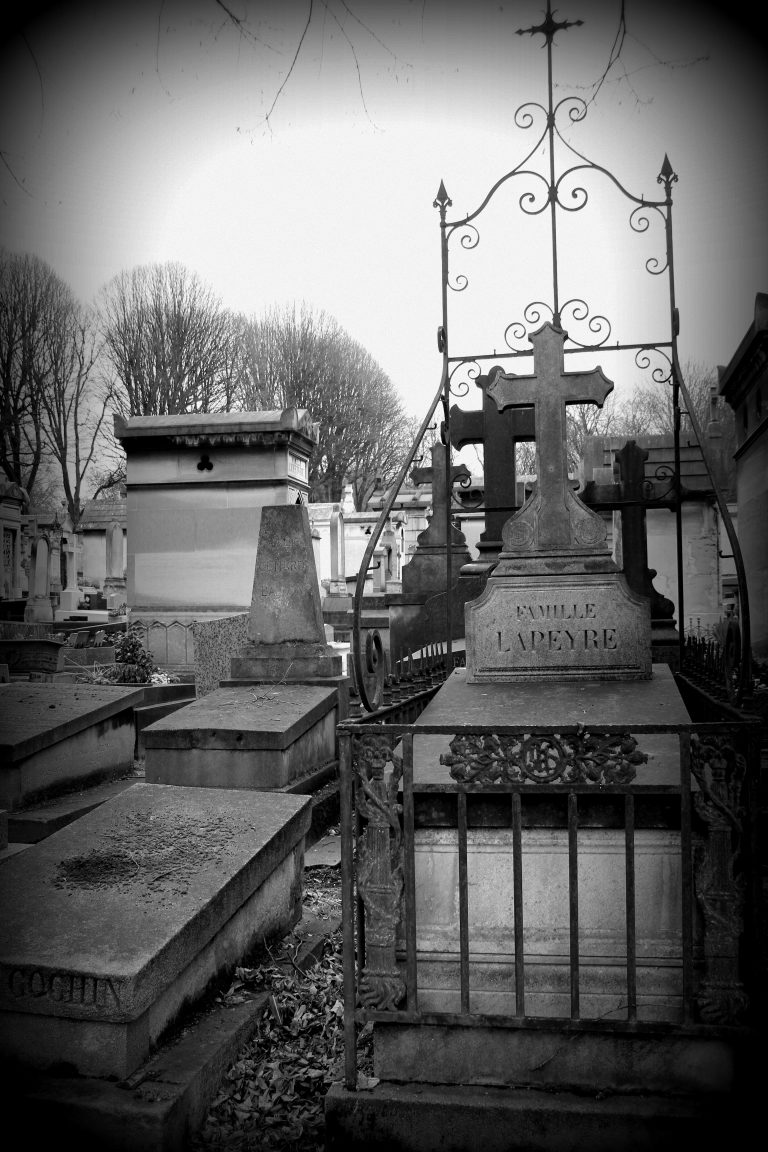 Black and White Pere Lachaise Cemetery