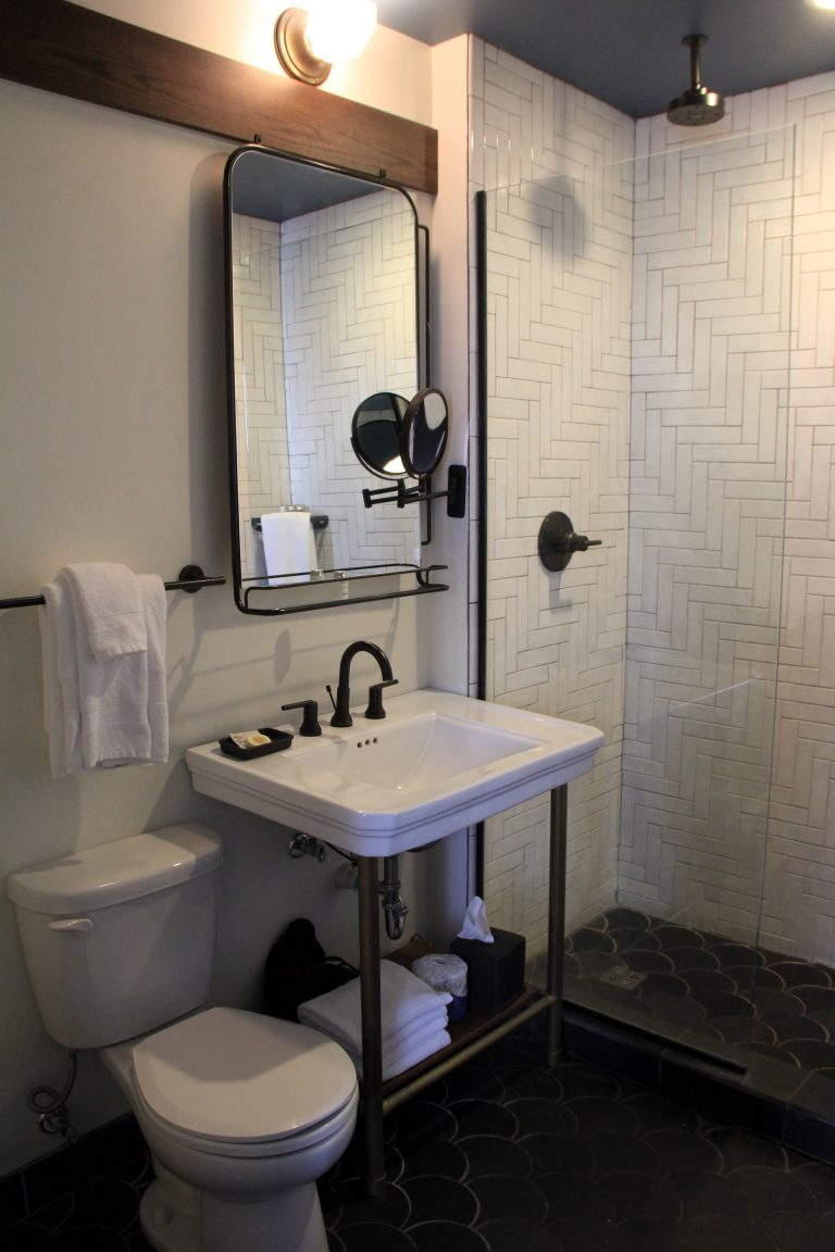 Bathroom in Chic Boutique Hotel in New Orleans - Old 77 Hotel and Chandlery
