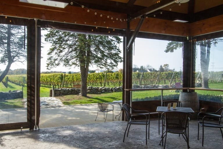 Covered patio at Newport Vineyards