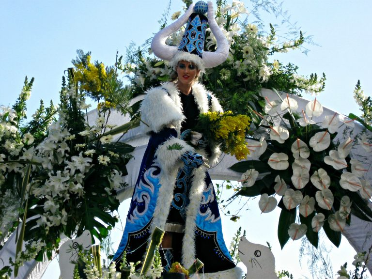 Blue Flower Queen at Carnaval Nice