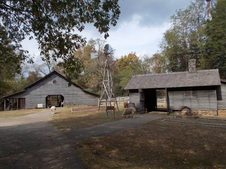 Rural Alabama - Burritt on the Mountain