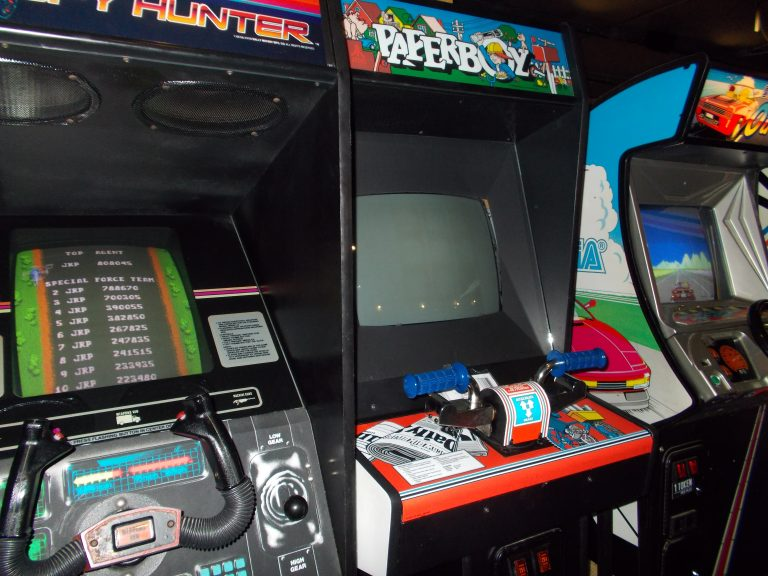 Pints and Pixels Arcade Games - Huntsville