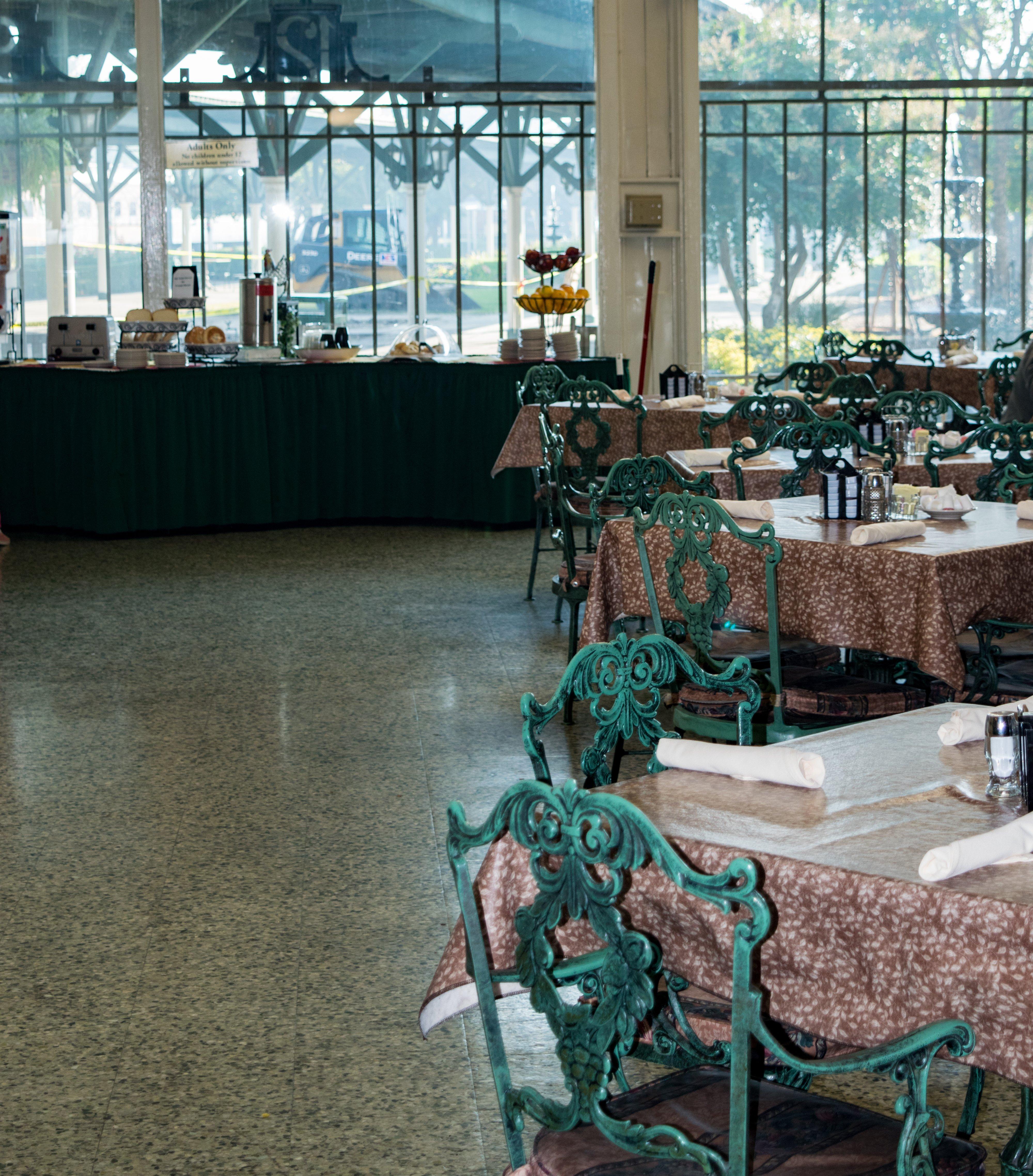 The Garden Restaurant Dining Room Chattanooga Choo Choo Hotel