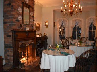 Romantic Dinging Room at Magnolia Inn in Hot Springs