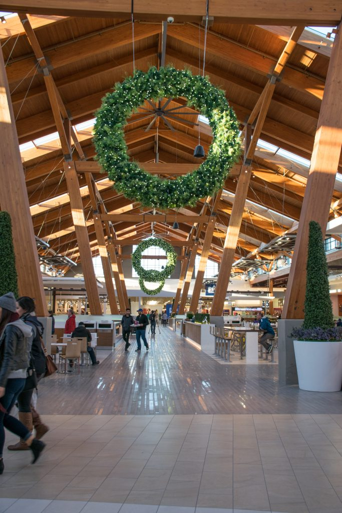 Tsawwassen Mills Decorated for Christmas