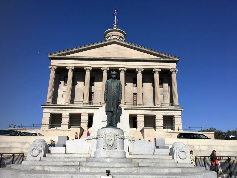 Stay Alfred Makes Family Travel Appealing in 12 U.S ...  |Tennessee State Capital