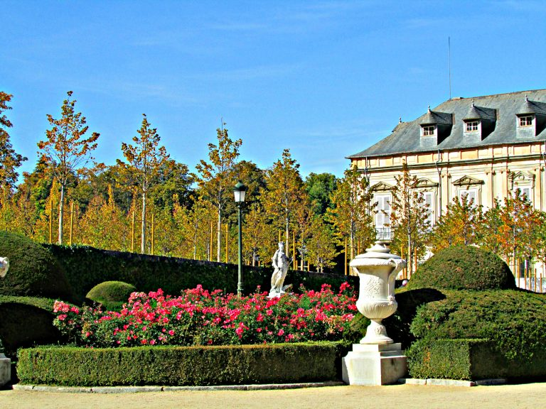 Palace of La Granja flower beds