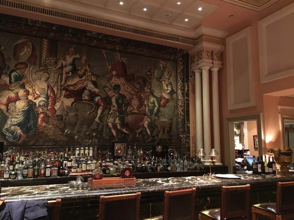 Hotel Grande Bretagne Winter Garden Bar
