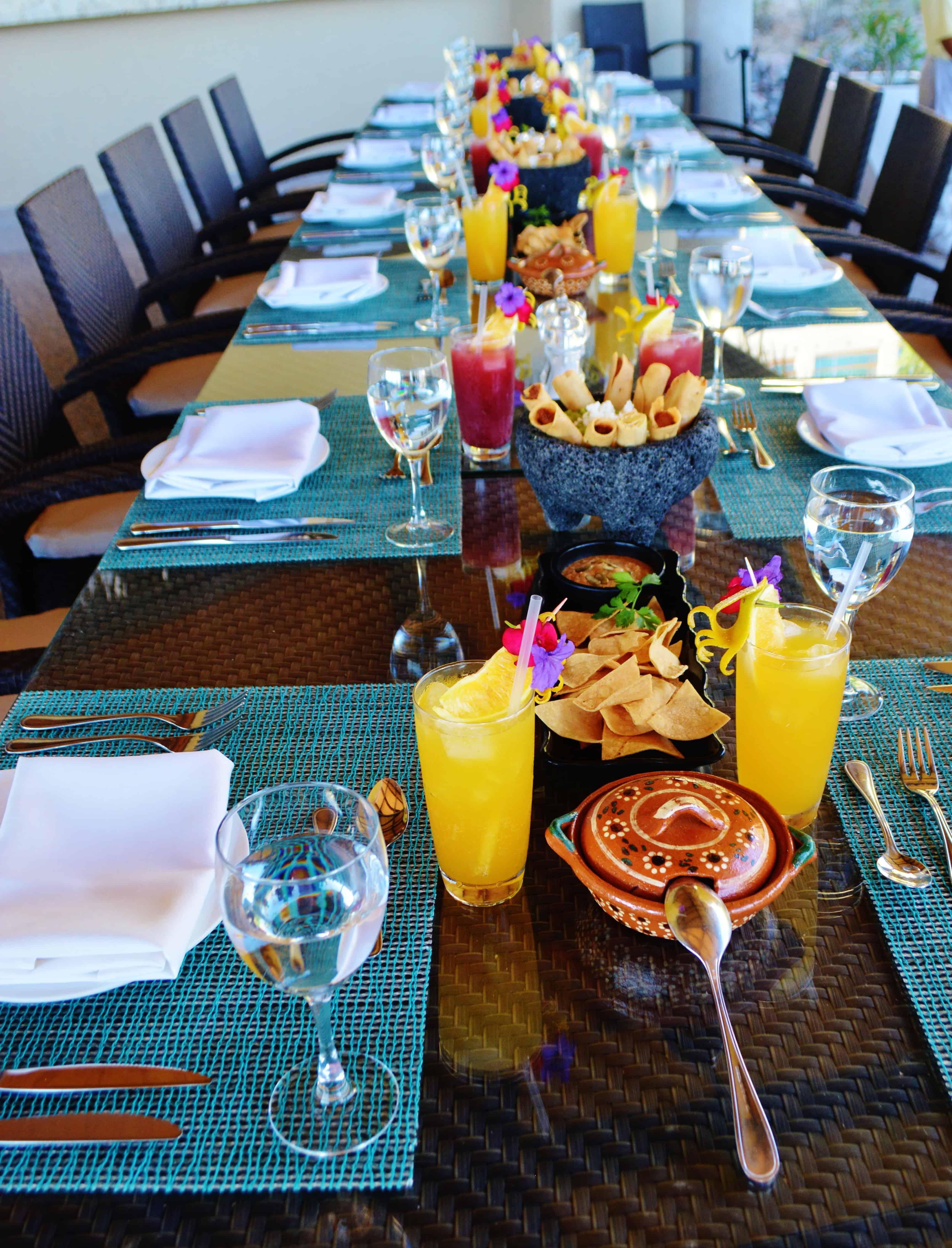 Magnificent Table Settings at Ola Mulata