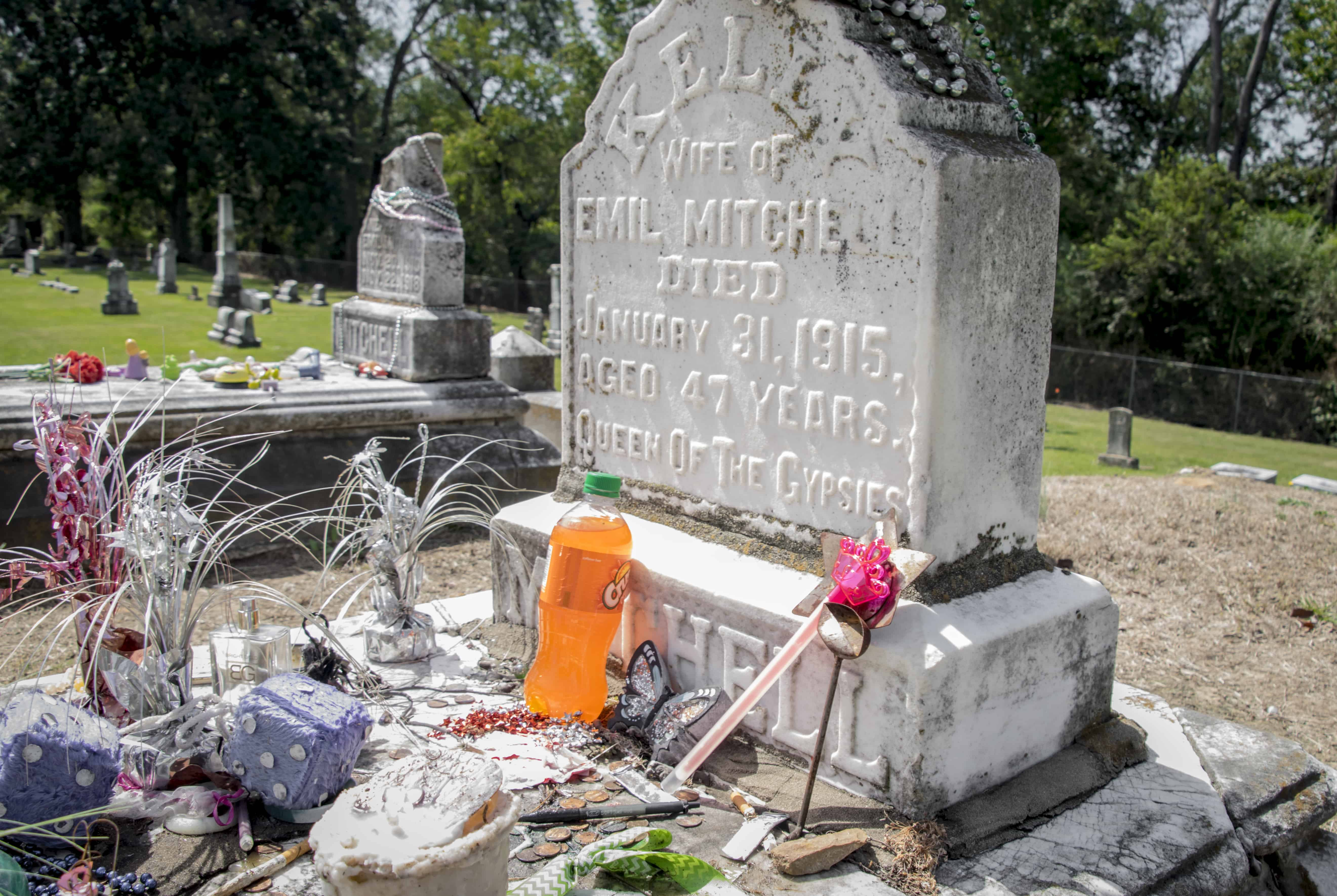 Meridian Roundup-Burial Site of Gypsy Queen Kelly Mitchell