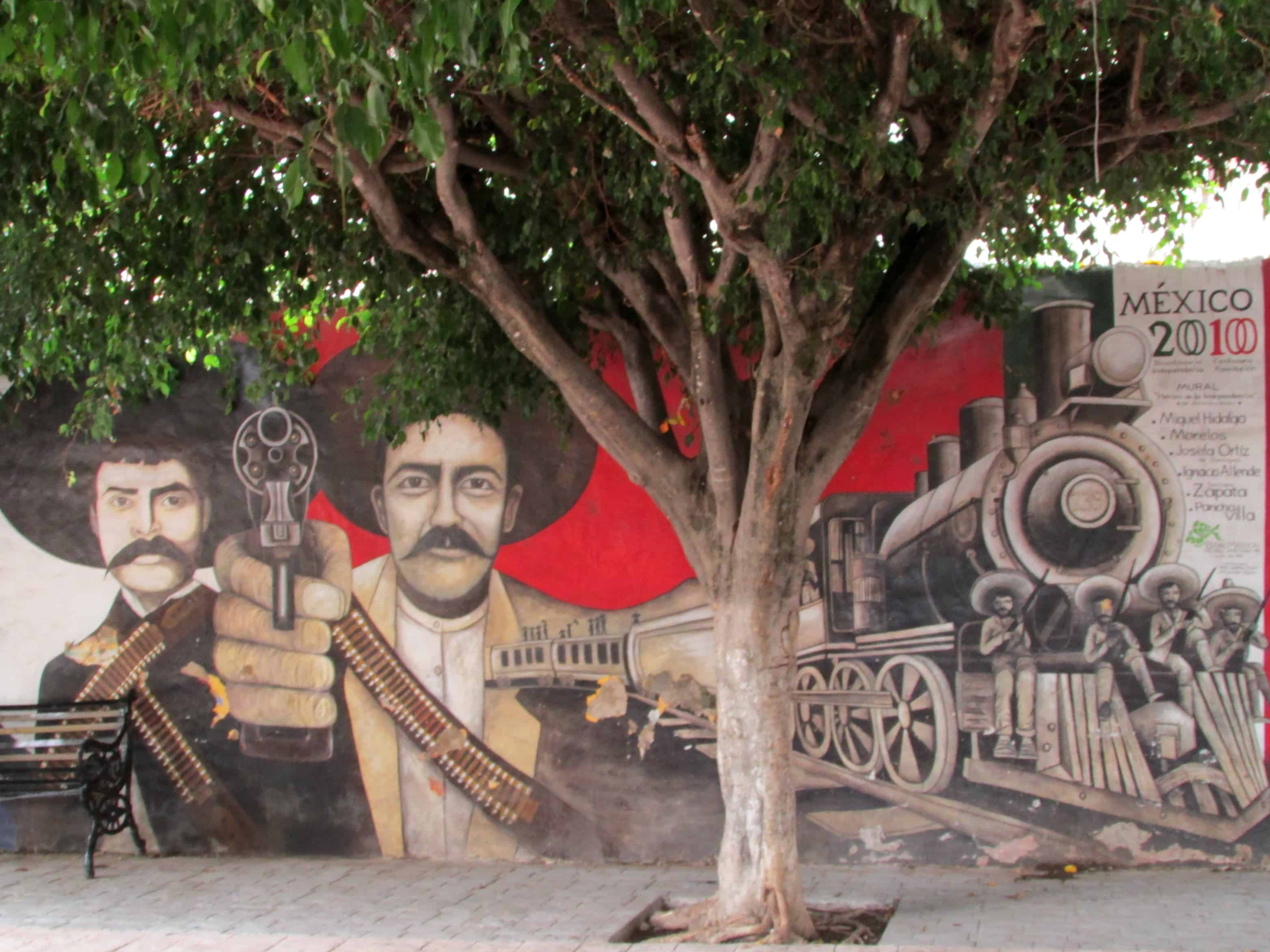 Street Art in Ajijic Plaza