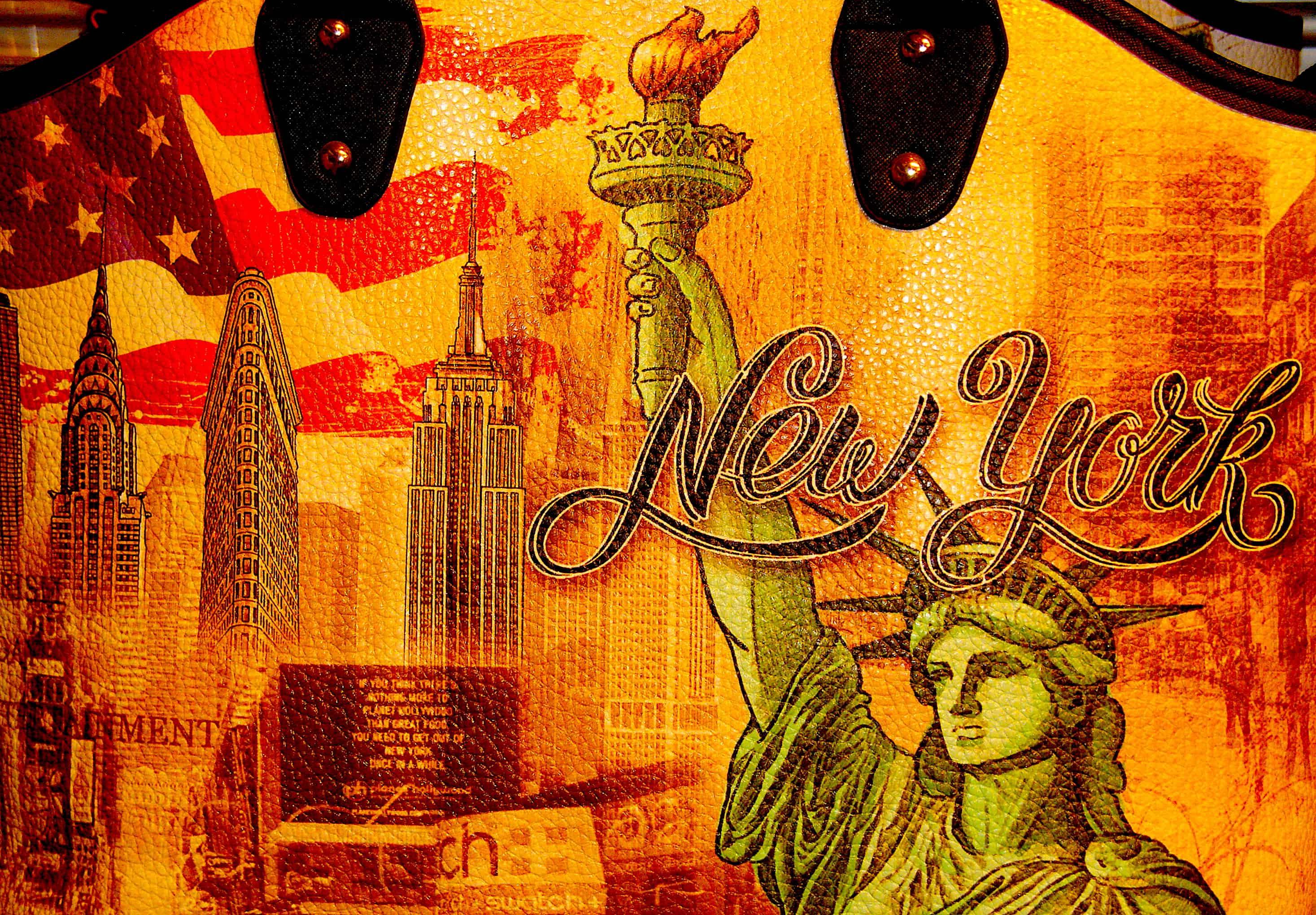 NYC Statue of Liberty Souvenir Midtown Manhattan