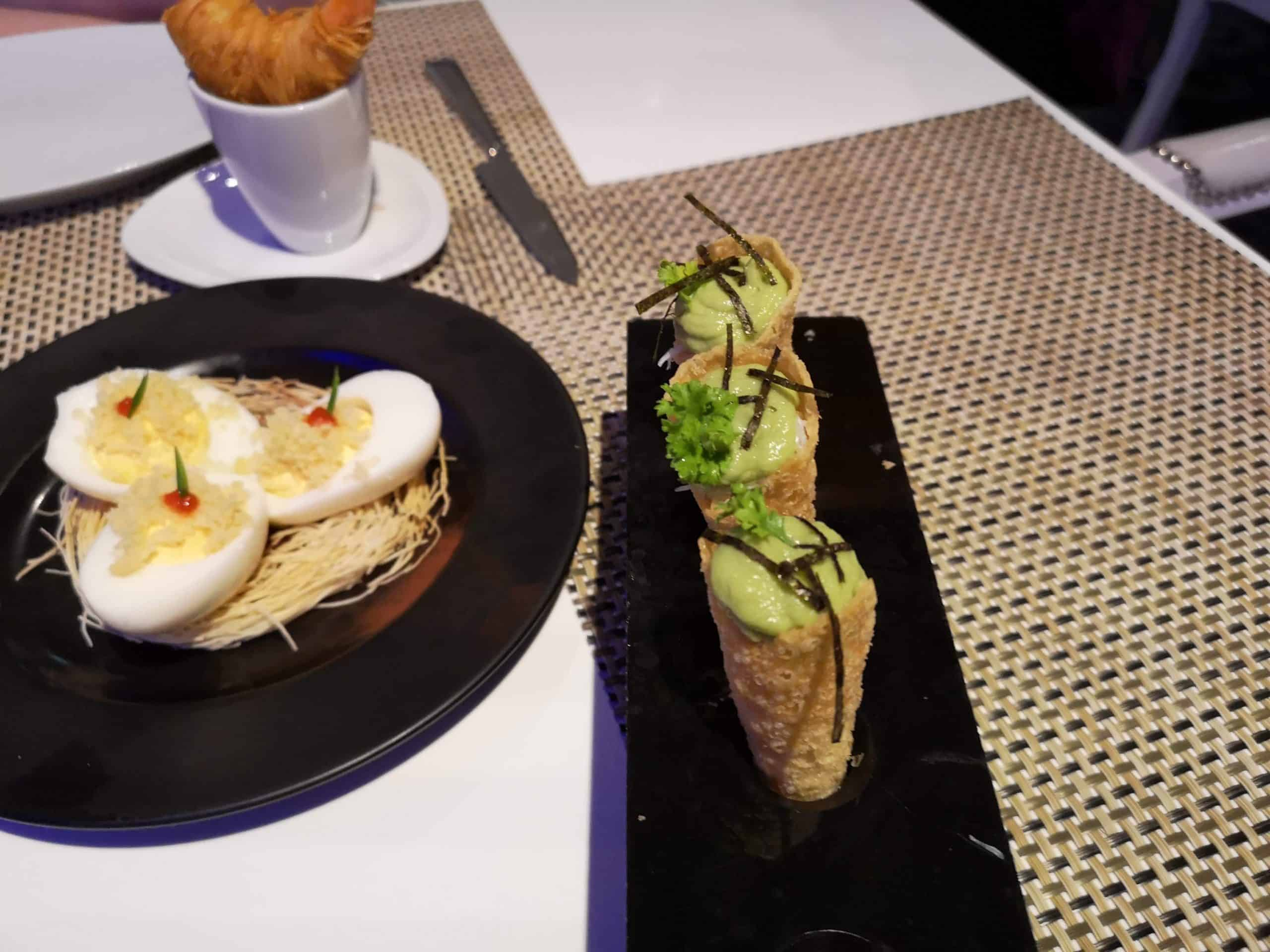 Crispy crab with avocado mouse